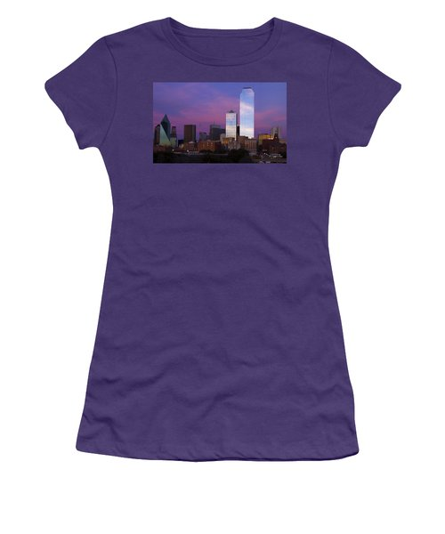 Dallas Sunset Women's T-Shirt (Athletic Fit)
