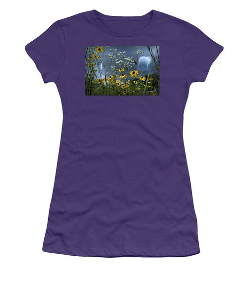 No Vase Needed Women's T-Shirt (Athletic Fit)