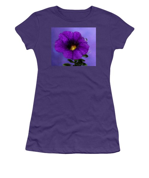 Petunia Dream Women's T-Shirt (Athletic Fit)