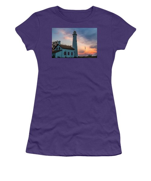 Women's T-Shirt (Junior Cut) featuring the photograph Sunrise At Sturgeon Point by Patrick Shupert