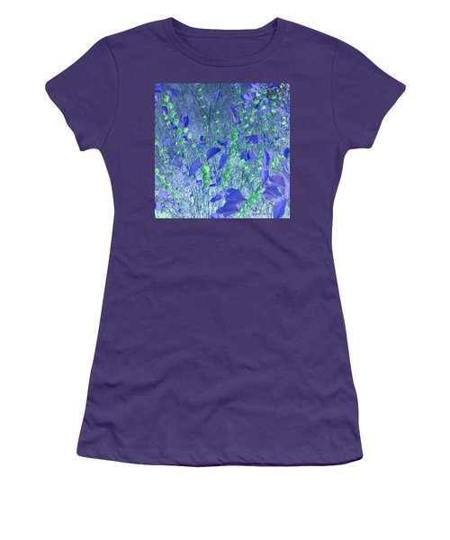 Women's T-Shirt (Junior Cut) featuring the photograph Berries In Repose by George Pedro