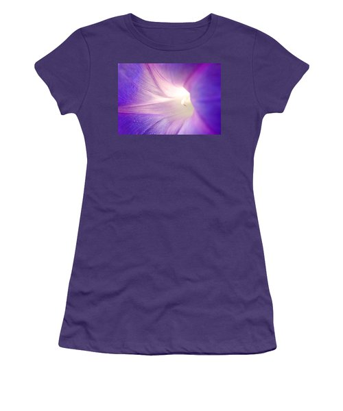 Good Morning Glory Women's T-Shirt (Athletic Fit)