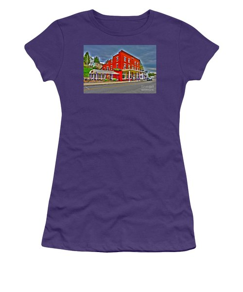 Purple Fiddle In Thomas Wv Women's T-Shirt (Athletic Fit)