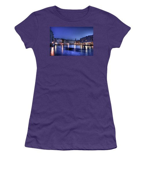 Venice By Night Women's T-Shirt (Athletic Fit)