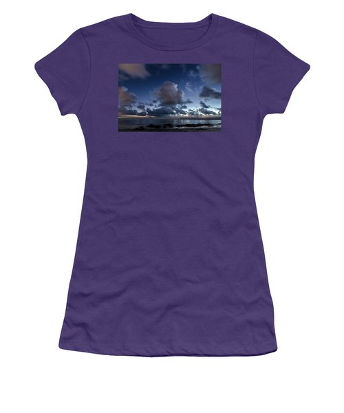 Endless Horizons Women's T-Shirt (Athletic Fit)