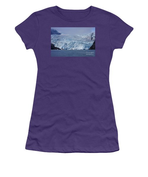 Frozen Beauty Women's T-Shirt (Athletic Fit)