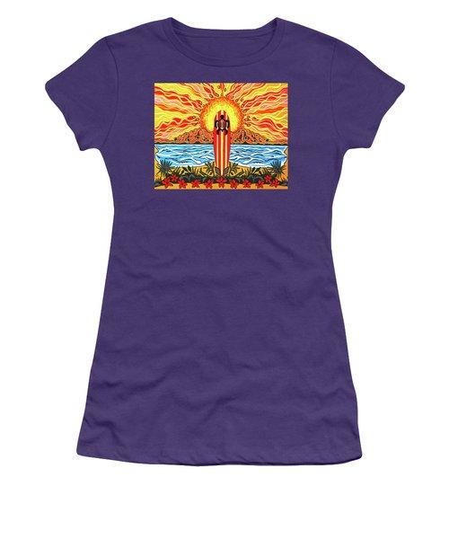 Honu Surf Women's T-Shirt (Athletic Fit)