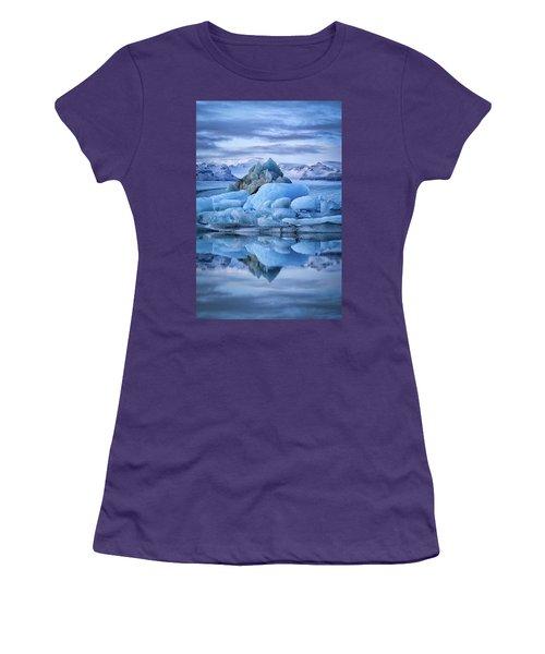 Jokulsarlon  Women's T-Shirt (Athletic Fit)