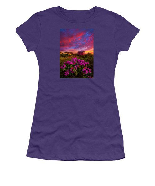 Live In The Moment Women's T-Shirt (Junior Cut) by Phil Koch