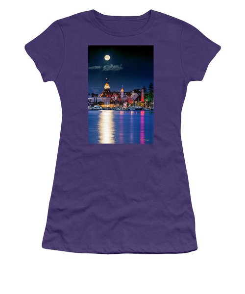 Magical Del Women's T-Shirt (Athletic Fit)