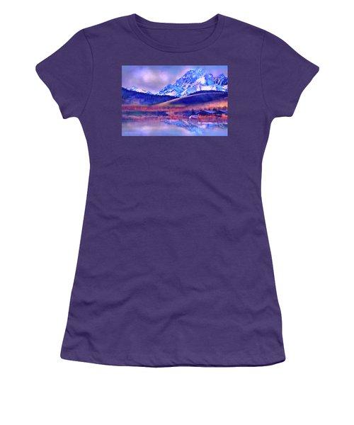 Mt. Stuart Women's T-Shirt (Athletic Fit)