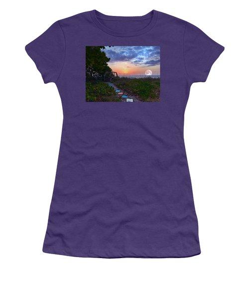 My Atlantic Dream Women's T-Shirt (Athletic Fit)
