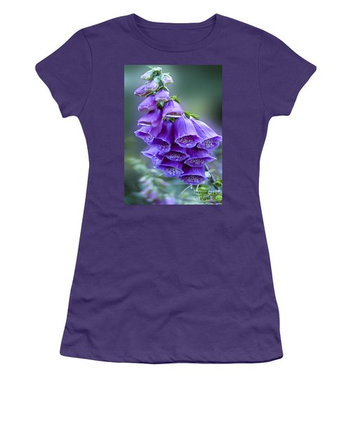 Purple Bell Flowers Foxglove Flowering Stalk Women's T-Shirt (Athletic Fit)