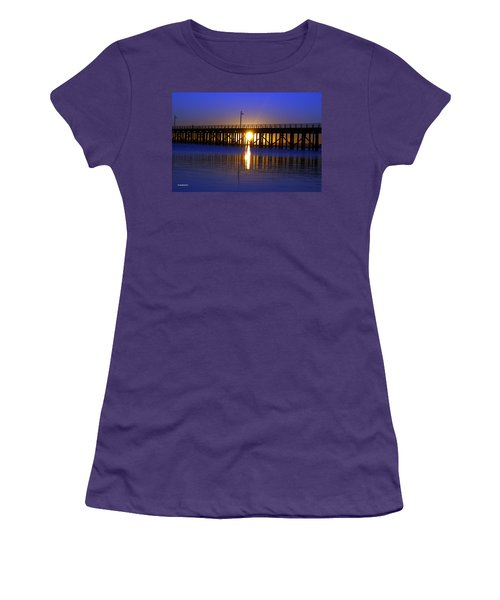 Purple Ocean Sunrise Women's T-Shirt (Junior Cut)