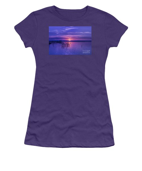 Rest Well World Purple Sunset Women's T-Shirt (Athletic Fit)