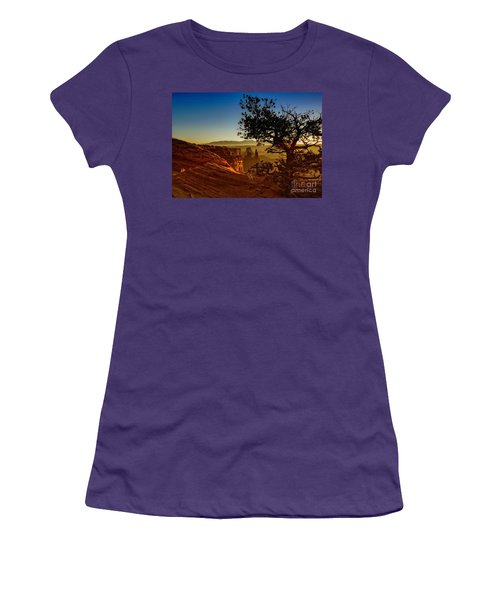 Sunrise Inspiration Women's T-Shirt (Athletic Fit)