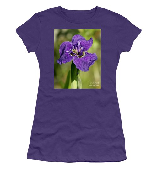 Wild Iris Women's T-Shirt (Athletic Fit)