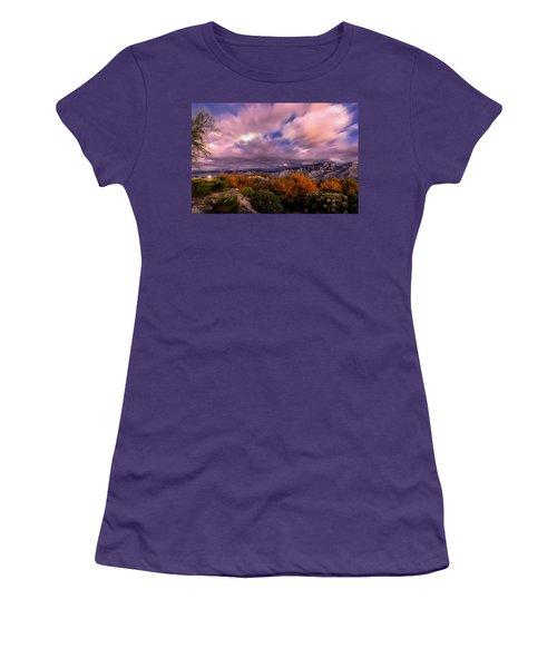 Winter Colors 25 Women's T-Shirt (Athletic Fit)