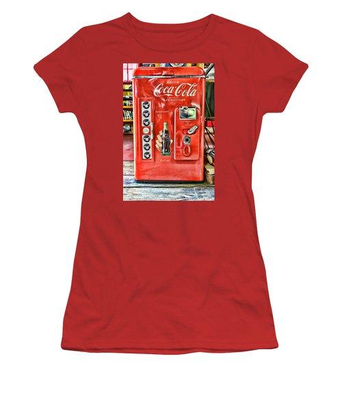Coca-cola Retro Style Women's T-Shirt (Athletic Fit)