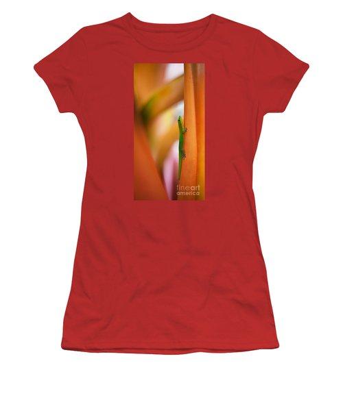Island Friend Women's T-Shirt (Athletic Fit)