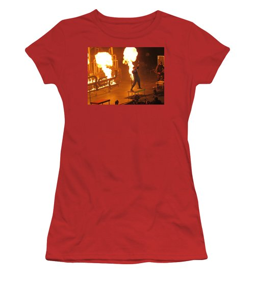 Red Heats Up Winterjam In Atlanta Women's T-Shirt (Athletic Fit)