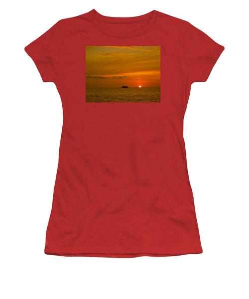Women's T-Shirt (Junior Cut) featuring the photograph Costa Rica Sunset by Eric Tressler
