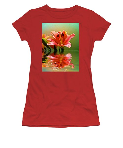 Flooded Lily Women's T-Shirt (Junior Cut)
