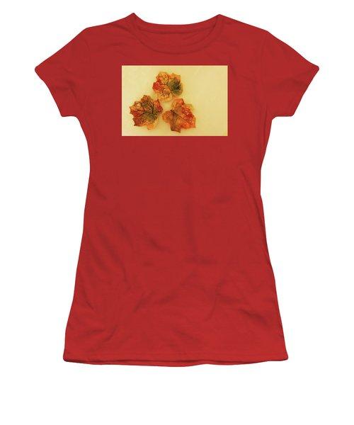 Little Leif Dish Women's T-Shirt (Junior Cut) by Itzhak Richter