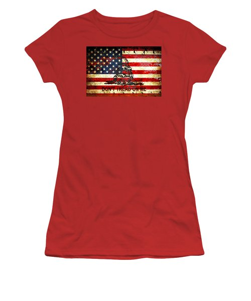 American Flag And Viper On Rusted Metal Door - Don't Tread On Me Women's T-Shirt (Junior Cut) by M L C
