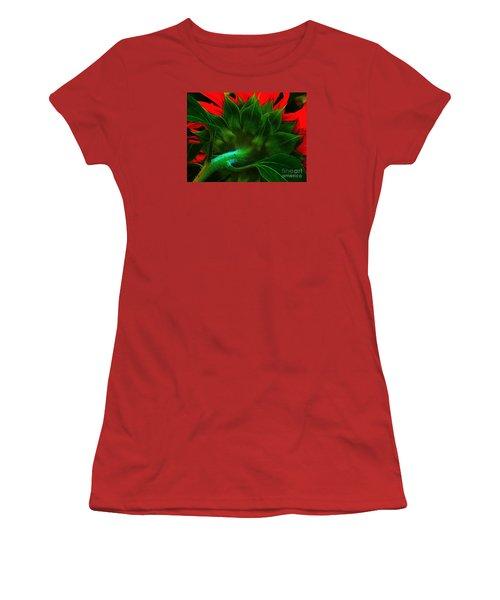 Women's T-Shirt (Junior Cut) featuring the photograph Derriere by Elfriede Fulda