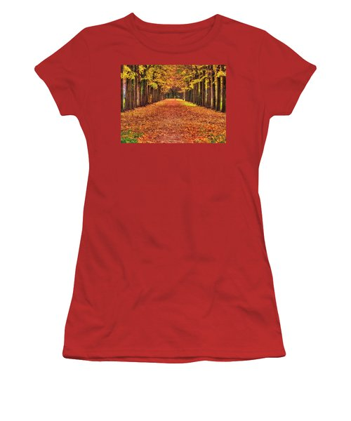 Fall Colors Avenue Women's T-Shirt (Athletic Fit)