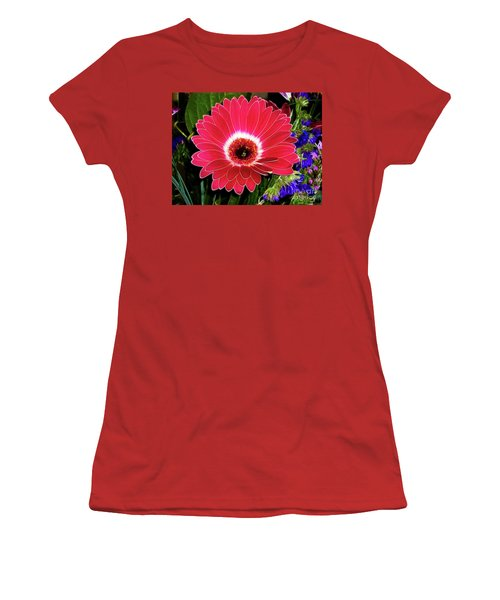 Gerbera Bella Women's T-Shirt (Athletic Fit)
