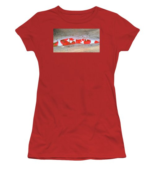 Red Tulip Reflection Women's T-Shirt (Athletic Fit)