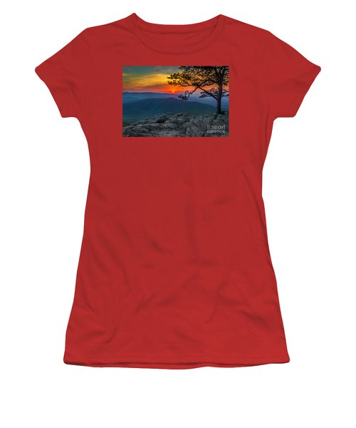 Scarlet Sky At Ravens Roost Women's T-Shirt (Athletic Fit)