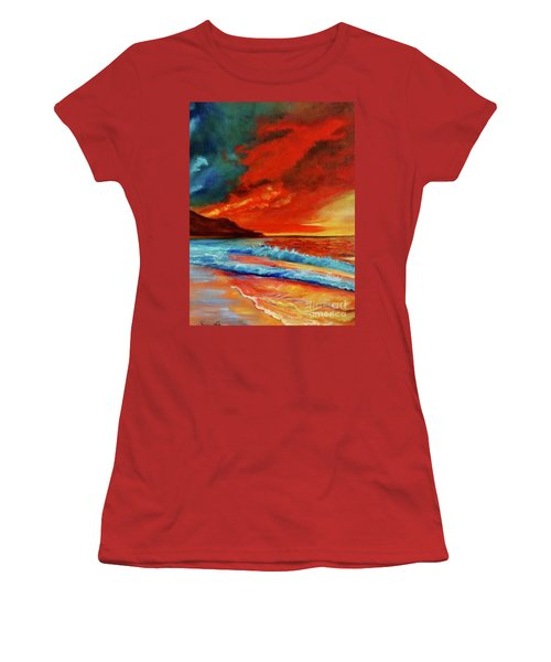 Sunset Hawaii Women's T-Shirt (Athletic Fit)