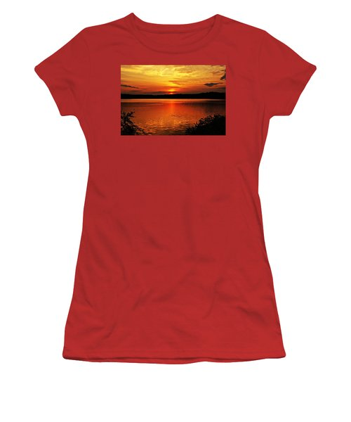 Sunset Xxiii Women's T-Shirt (Athletic Fit)