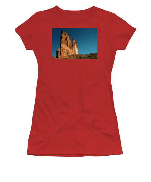 The Organ Women's T-Shirt (Athletic Fit)