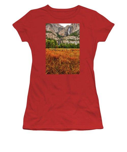 Yosemite Falls Autumn Colors Women's T-Shirt (Athletic Fit)