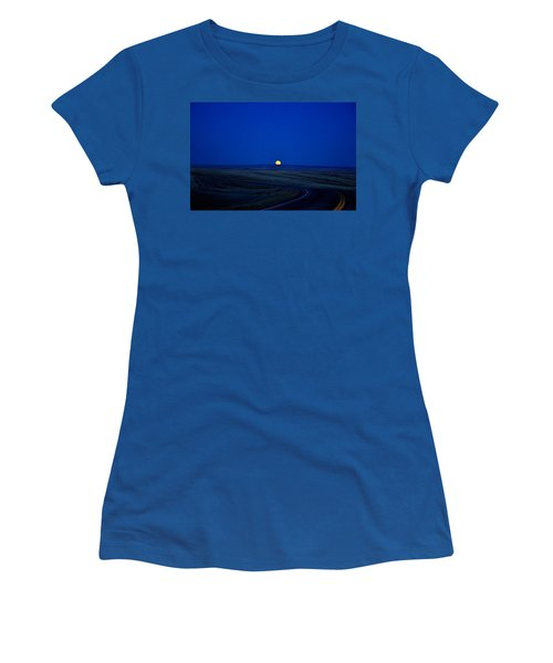 Native Moon Women's T-Shirt (Athletic Fit)