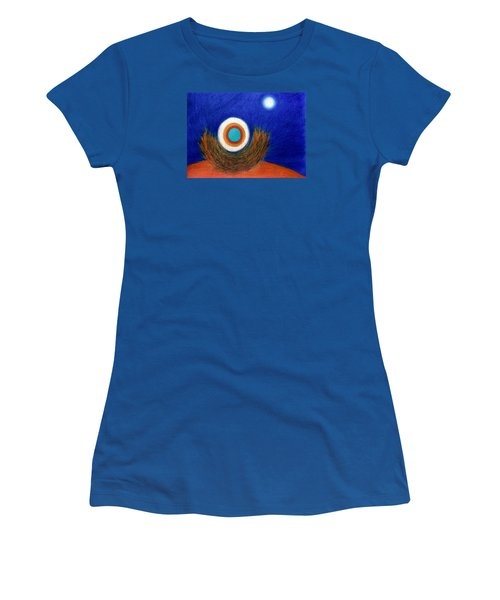 Nesting Moon Women's T-Shirt (Athletic Fit)