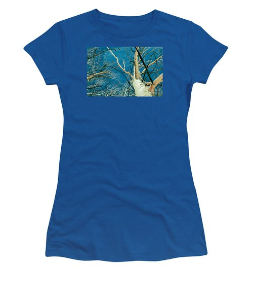 Women's T-Shirt (Junior Cut) featuring the painting Standing Ovation 2 by Barbara Jewell