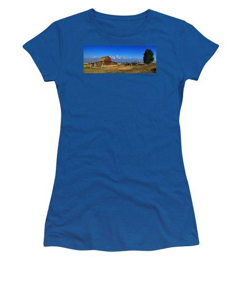 Antelope Barn Women's T-Shirt