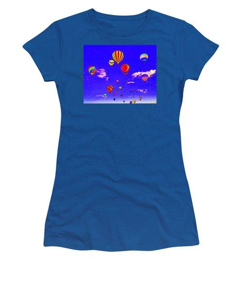 Ballon Race Women's T-Shirt (Athletic Fit)
