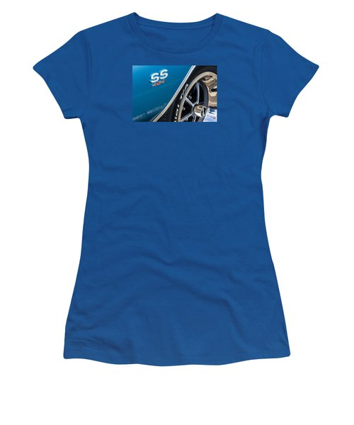 Chevelle Ss 454 Badge Women's T-Shirt (Athletic Fit)