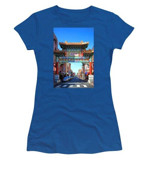 Chinatown Friendship Gate Women's T-Shirt