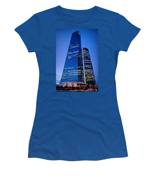 Cuatro Torres Business Area Women's T-Shirt