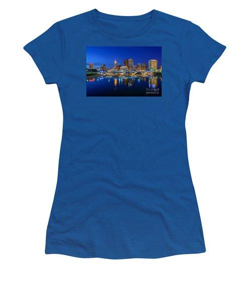Fx2l530 Columbus Ohio Night Skyline Photo Women's T-Shirt