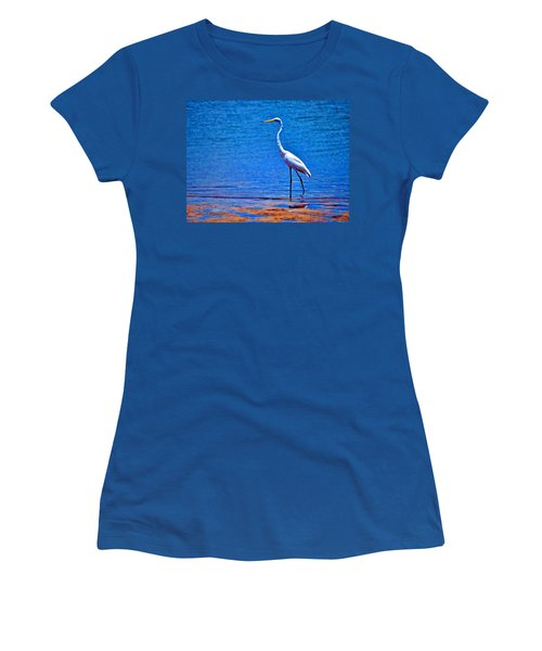 Women's T-Shirt featuring the photograph Great Egret by Ludwig Keck