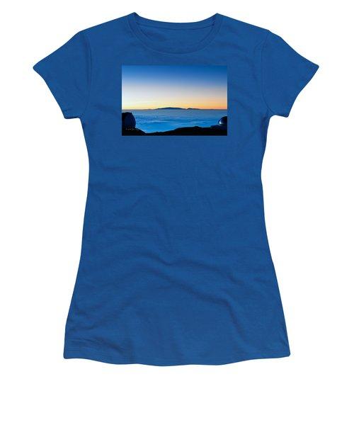 Women's T-Shirt (Junior Cut) featuring the photograph Hawaii Sunset by Jim Thompson