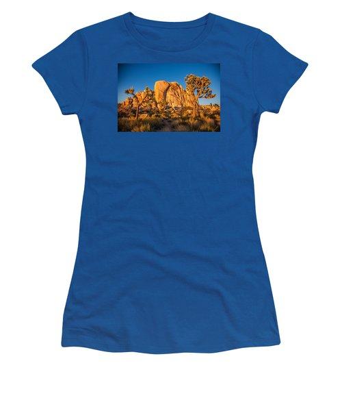 Joshua Tree Sunset Glow Women's T-Shirt